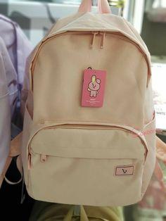 Mochila Kpop, Bts Doll, Mode Kpop, Laptop Rucksack, Odd Future, Vans, Cute Backpacks, Line Friends, Kpop Merch