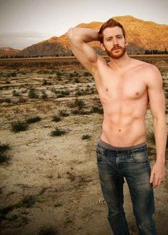 The rugged redheaded man with the careless ginger hair and spectacular ginger beard. Let these ginger guys lift you over their shoulder and carry you away. Hot Ginger Men, Ginger Beard, Ginger Guys, Ginger Babies, Red Beard, Black Dagger Brotherhood, Hottest Redheads, Raining Men, Attractive Men
