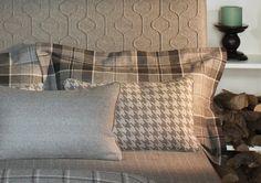 LANA SHETLAND: Cuadros, rayas, bordados, o espigas. Lana tapicera y lavable. #englischdekor #ontariofabrics #lana #shetland
