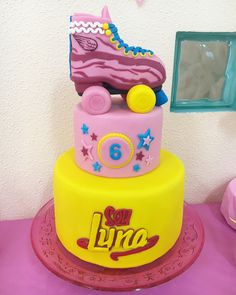 The Golden Cake, Bakery & Events Soy Luna Cake, Deer Cakes, Golden Cake, Star Wars Cake, Happy New Year 2019, Tatty Teddy, Bakery Cakes, Christmas Deer, Rollers