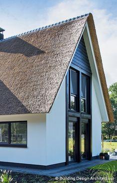 Building Design Architectuur Mcm House, Facade House, Villa Design, House Design, Prefab, Lodges, Building Design, Modern Farmhouse, Bungalow