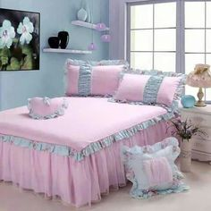 Pink Bedding, Comforter Sets, Luxury Bedding, Pink Bed Covers, Bathroom Towel Decor, House Front Porch, Bed Spreads, Bed Sheets, Bedroom Decor
