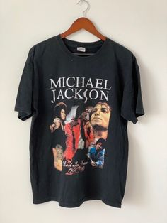 Looks Hip Hop, T Shorts, Vintage Tees, Michael Jackson, Everyday Fashion, Graphic Tees, Menswear, Multiple Images, Mens Tops
