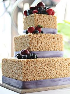 An interesting idea for a wedding cake. I like this