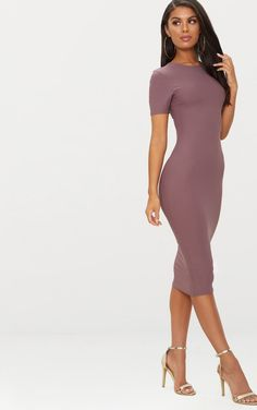 Dark Mauve Cap Sleeve Midi Dress This dark mauve hue is essential for the new season and this sim. Midi Dress With Sleeves, Dress Skirt, Short Sleeve Dresses, Mini Dresses, Tight Dresses, Elegant Dresses, Pretty Dresses, Night Street, Dress Silhouette