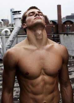 everyone... i present... Dave Franco ...(this is not Dave Franco)