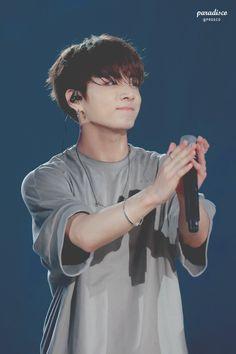 Jeon Jungkook é o menino mais lindo que eu já vi
