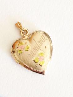 Vintage Heart Locket / 14k Gold Filled / Charm / Pendant / Monogrammed / Grandma / Christmas /  Valentine's Day