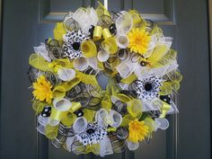 Spring Summer Bumblebee Mesh Wreath Alecia's Décor and More on Facebook