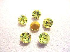 Vintage Glass Jonquil Light Yellow colour rhinestones app 8mm 6 pieces by JEDJewellerySupplies.com £2.99
