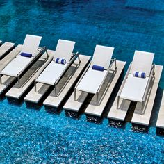 Built for year-end outdoor performance, the Array Sling furniture collection is an ideal selection for multi-family or hospitality settings with its modern design and single sling bucket seating. Outdoor Furniture Inspiration, Outdoor Furniture Sets, Commercial Furniture, Furniture Market, Bucket Seats, Furniture Collection, Modern Design, Hospitality, Vacations