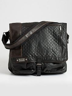 Shop men's bags at Guess.com today and be fashionable!Guess is known for their sexy, trendsetting and all american look with a touch of European. Check this item from their latest collection of men's bags. This oversized messenger bag keeps you organized and stylish all at once.     Please visit: http://shop.guess.com/Catalog/Browse/Men%27s%20Accessories/Mens%20Bags/