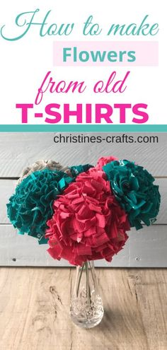 Make fabulous a fabric flower or several to decorate your home or give as a gift. Upcycle your old t-shirts to create joy and help the environment. Diy Flowers, Fabric Flowers, Paper Flowers, Diy Crafts For Kids, Easy Crafts, Marker Crafts, Fabric Flower Tutorial, Thing 1, Fabric Strips