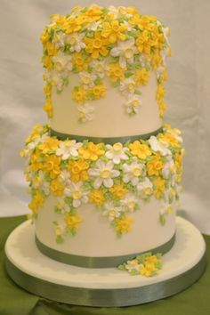 Gorgeous looking cake with delicate icing flowers, but what is underneath?