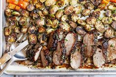 Balsamic Pork Tenderloin in Oven — This sheet pan dinner is packed with flavor with sticky pork tenderloin coated in a finger-licking rosemary balsamic sauce, and packed with healthy veggies like B… Balsamic Pork Tenderloins, Cooking Pork Tenderloin, Pork Loin, Pork Recipes, Cooking Recipes, Healthy Recipes, Healthy Dinners, Delicious Recipes, Easy Recipes