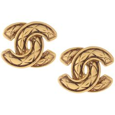 Vintage Chanel 1980's Gold Tone Quilted Signature Interlocking 'CC'... (€530) ❤ liked on Polyvore featuring jewelry, earrings, accessories, chanel, fillers, women, clip back earrings, gold tone earrings, vintage clip on earrings and clip earrings