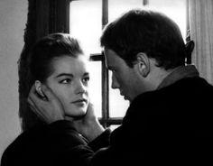 Avec Jean-Louis Trintignant dans Le Combat dans l'île (1961).