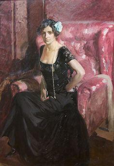 Clotilde con traje de noche . 1910