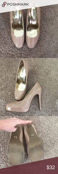 Simply Vera, Vera Wang blush colored heels Only worn once! Great condition. Heel is 5 inches. Comfortable to wear since didn't put pressure on my toes. Size 9 medium. Blush colored. Simply Vera Vera Wang Shoes Heels