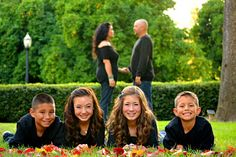 Love this! #family #photography #siblings #sisters #brothers #portrait