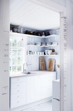 , # sommerdekor, # Dekor # sommer - Lilly is Love House Inspiration, Kitchen Inspirations, Summer House Interiors, Beach House Kitchens, Decor, Little House, Interior Design Living Room, Small House Plans, Home Decor
