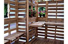 pallets to build a lath house for potting