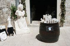 Isompia ja pienempiä matkamuistoja. Bigger and smaller souveniers. #Dubrovnik
