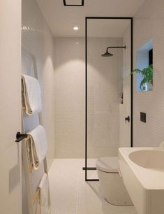 Bathrooms idea to furnish any space a lovely and appealing feel. Analyze this display number 9091952110 here. #smallbathroomideascolors