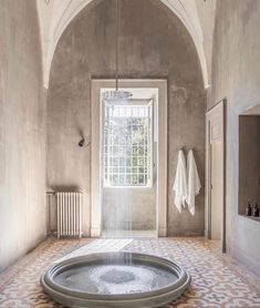"""Pamela Moell Stiltje on Instagram: """"Ready for my Friday bath. Palazzo Daniele in Italy. design @palombaserafini and photo @renee_kemps . . . . With : @stiltje.rocks…"""" How To Clean Burkenstocks, Palazzo, Clean House Schedule, Unique Wallpaper, Modern Interior Design, Bathroom Interior, Interior Inspiration, Bathroom Inspiration, Architecture"""