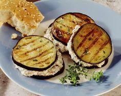 Auberginentaler mit Feta | http://eatsmarter.de/rezepte/auberginentaler-mit-feta