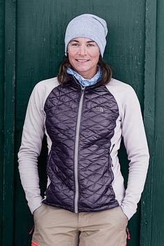 Looking for winter warmth without the bulk? ThermoBall jackets offer the perfect blend of the comfort you need with the look you want.