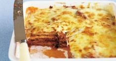 Bechamel sauce and tasty cheese give this traditional eggplant parmigiana a double dose of flavour. Mince Recipes, Sausage Recipes, Pork Stroganoff Recipe, Corned Silverside, Veal Schnitzel, Curried Sausages, Tuna Pasta Bake, Pea And Ham Soup, Slow Cooked Pork