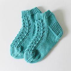 Ravelry: Midsummer socks pattern by Niina Laitinen Knitted Socks Free Pattern, Knitting Socks, Knitting Patterns, Knit Socks, Knitted Slippers, Knitting Accessories, Ravelry, Knit Crochet, Wool