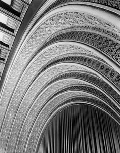 Proscenium Arch, Garrick Theater - Louis Sullivan, Architect (photo by Richard Nickel)