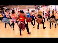 "Daddy Yankee ""Vaiven"" / Zumba® choreo by Crazy For Fun® Zumba Fitness, Dance Tips, Dance Videos, Zumba Songs, Zumba Routines, Belly Dancing Classes, Mommy Workout, Dance Like No One Is Watching, Healthy Exercise"