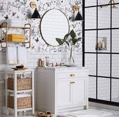 Impress Your Site visitors with These 14 Charming Half-Bathroom Layouts Nautical Bathroom Design Ideas, Nautical Bathrooms, Bathroom Design Luxury, Diy Bathroom Decor, Small Bathroom Tiles, Bathroom Goals, Bathroom Design Software, Green Bathrooms Designs, Bathroom Designs