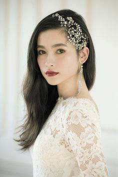 25 Hairstyles Long Natural Hair That Make Perfect Destination Wedding Looks Wedding Makeup For Brown Eyes, Wedding Hair And Makeup, Korean Wedding Makeup, Bridal Makeup Looks, Bridal Beauty, Hair And Makeup Tips, Hair Makeup, Hair Arrange, Natural Hair Styles