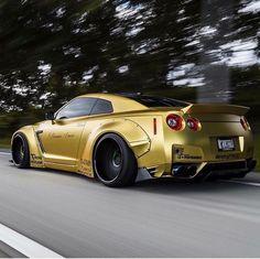 #Nissan #GTR_R35 #Wide_Body #Modified #Liberty_Walk_Performance
