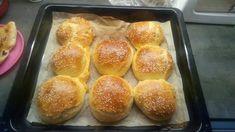 30 perc alatt elkészül a bögrés vajas zsömle | Sokszínű vidék Hamburger, Food And Drink, Bread, Recipes, Rezepte, Hamburgers, Breads, Baking, Buns