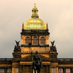Opera House, Prague