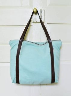 Large w//Front /& Back Design Personalized Yoga Tree Bucket Tote w//Genuine Leather Trim