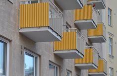 Keltaiset parvekkeet | Balconies with yellow