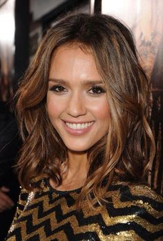 Jessica Alba and her perfect hair.