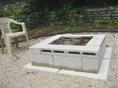 includes a fire pit for cheap! Budget Backyard: 10 Ways to Use Cheap Concrete Cinder Blocks Outdoors (fire pit for deck awesome) How To Build A Fire Pit, Diy Fire Pit, Fire Pit Backyard, Fire Pits, Cinder Block Fire Pit, Cinder Block Garden, Backyard Projects, Outdoor Projects, Backyard Ideas