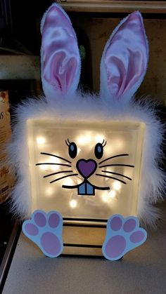 Easter Bunny Glass Block - Easter Decor - Vinyl Craft - Silhouette Cameo - from Vinyl-Holics group -MC block crafts painted Painted Glass Blocks, Decorative Glass Blocks, Lighted Glass Blocks, Easter Projects, Easter Crafts, Craft Projects, Easter Decor, Vinyl Projects, Craft Ideas
