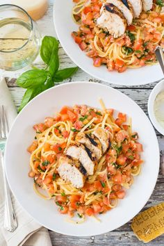 This Chicken Bruschetta Linguine is jam packed full of beautiful summer flavours using plum tomatoes, fresh basil and more - no sauce needed here!