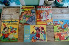 CHILDRENS BOOK. Paint Book. Activity Books. Wet a Brush. Saalfield Publishing. Samuel Lowe. vintage 1940s. lot of 5. gift idea. art book. by OurVintageHouse on Etsy