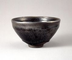 Tea Bowl - Southern Song dynasty, C 12-1 century #ceramics #pottery #tea_bowl