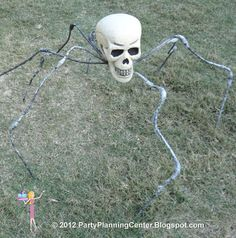 Party Planning Center: 10 Creepy Outdoor Halloween Decorating Ideas