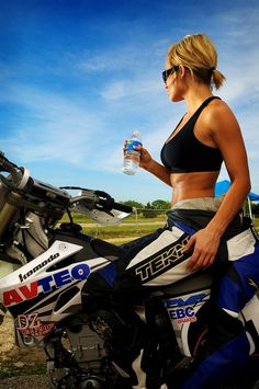 supermoto I want to do this but my bf says that he doesn't want me hurt. Bruises heal and so do broken bones.